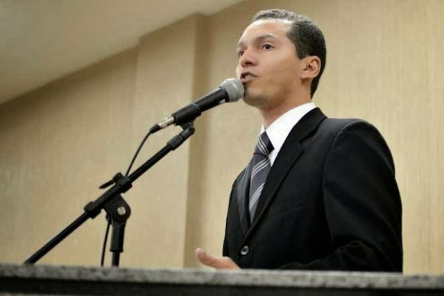 VEREADOR TITO REPUDIA OMISSÃO DO TRIBUNAL DE JUSTIÇA-BA