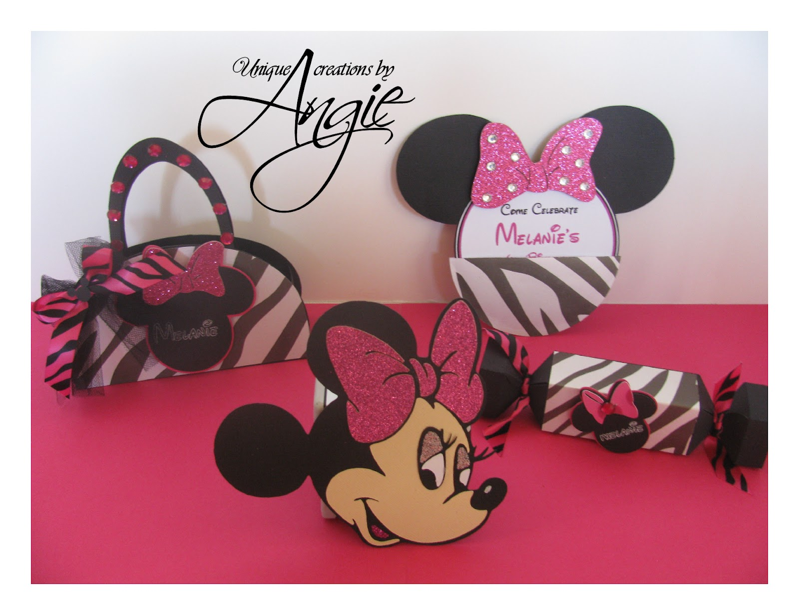 SCRAPPIN MEMORIES: minnie mouse centerpiece ,invites, party favors ...