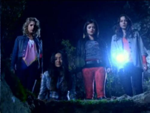 Những Thiên Thần Nói Dối 3 pretty little liars season 3 graveyard patrol