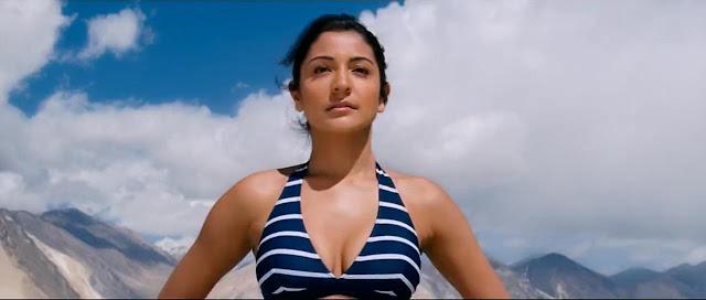 Anushka Sharma In Bikini - Jab Tak Hai Jaan