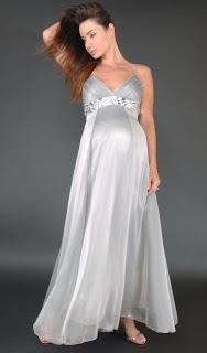 Multinotas: Diseño de Vestido para Embarazadas.