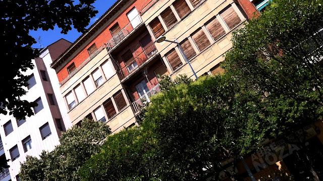 Ático del balcón de la puerta blanca, 2013 Abbé Nozal