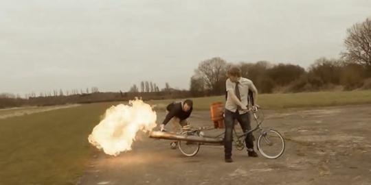 Sepeda Api Paling Cepat di Dunia