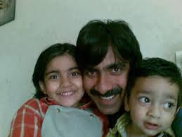 Ravi  teja with his son daughtrer