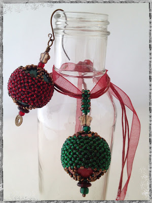 Holiday Beads, Corset & Stays beaded bead pendant and ornament by artist Karen Williams