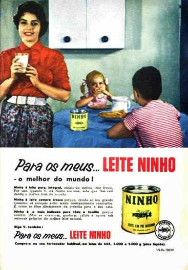 Propaganda do Leite Ninho em 1959 com argumento para complemento alimentar às crianças.