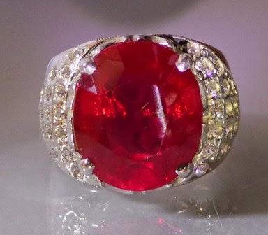 Cincin Batu Ruby