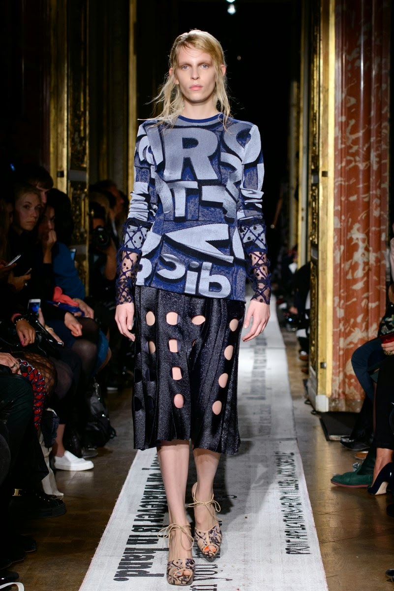 Gosia Baczynska spring summer 2015, Gosia Baczynska ss15, Gosia Baczynska, Gosia Baczynska ss15 pfw, Gosia Baczynska pfw, pfw, pfw ss15, pfw2014, fashion week, paris fashion week, du dessin aux podiums, dudessinauxpodiums, vintage look, dress to impress, dress for less, boho, unique vintage, alloy clothing, venus clothing, la moda, spring trends, tendance, tendance de mode, blog de mode, fashion blog,  blog mode, mode paris, paris mode, fashion news, designer, fashion designer, moda in pelle, ross dress for less, fashion magazines, fashion blogs, mode a toi, revista de moda, vintage, vintage definition, vintage retro, top fashion, suits online, blog de moda, blog moda, ropa, asos dresses, blogs de moda, dresses, tunique femme,  vetements femmes, fashion tops, womens fashions, vetement tendance, fashion dresses, ladies clothes, robes de soiree, robe bustier, robe sexy, sexy dress