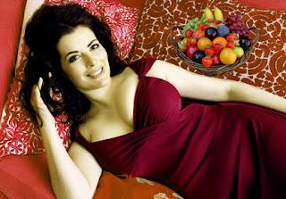 Nigella Lawson With Fruits