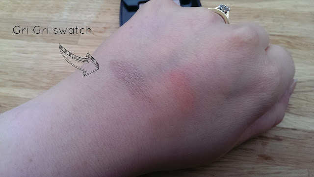 A swatch of the Chanel single eyeshadow in Gri Gri from their Autumn collection