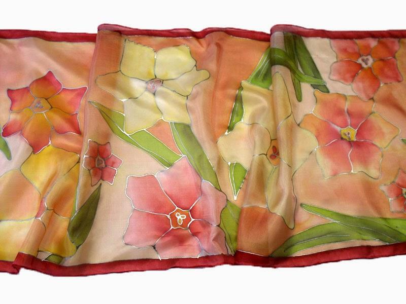Ajándék nőknek: virágos tavaszi sálak, kendők kézzel festve, selyemből. Nárcisz selyemsál.