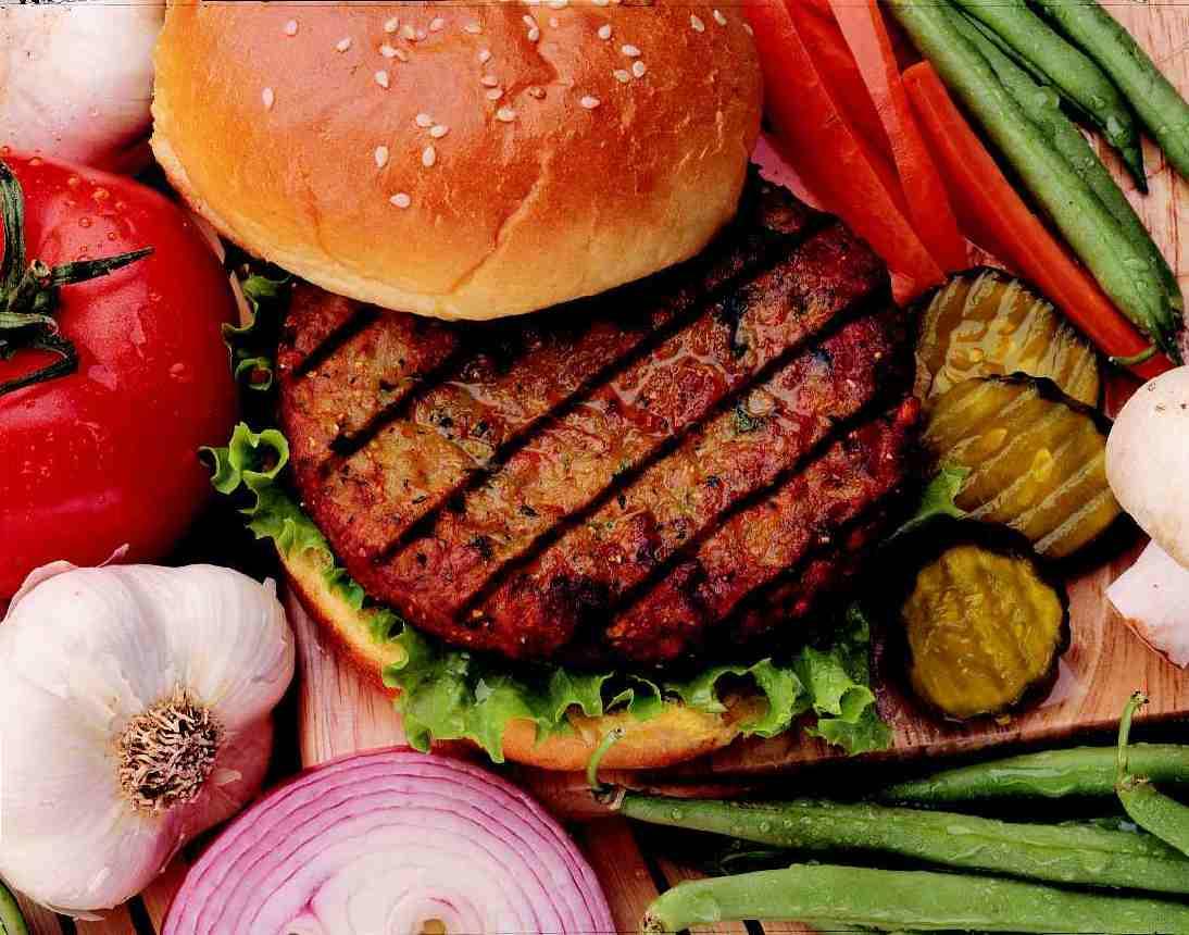 http://1.bp.blogspot.com/-di13gipHJX0/UEDUbNpiMKI/AAAAAAAAC_0/RVR8AeSJktY/s1600/Veggie-Burger.jpg