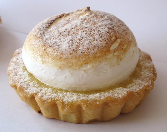 La meilleure tarte au citron meringuée de Paris - Le Puits d'Amour