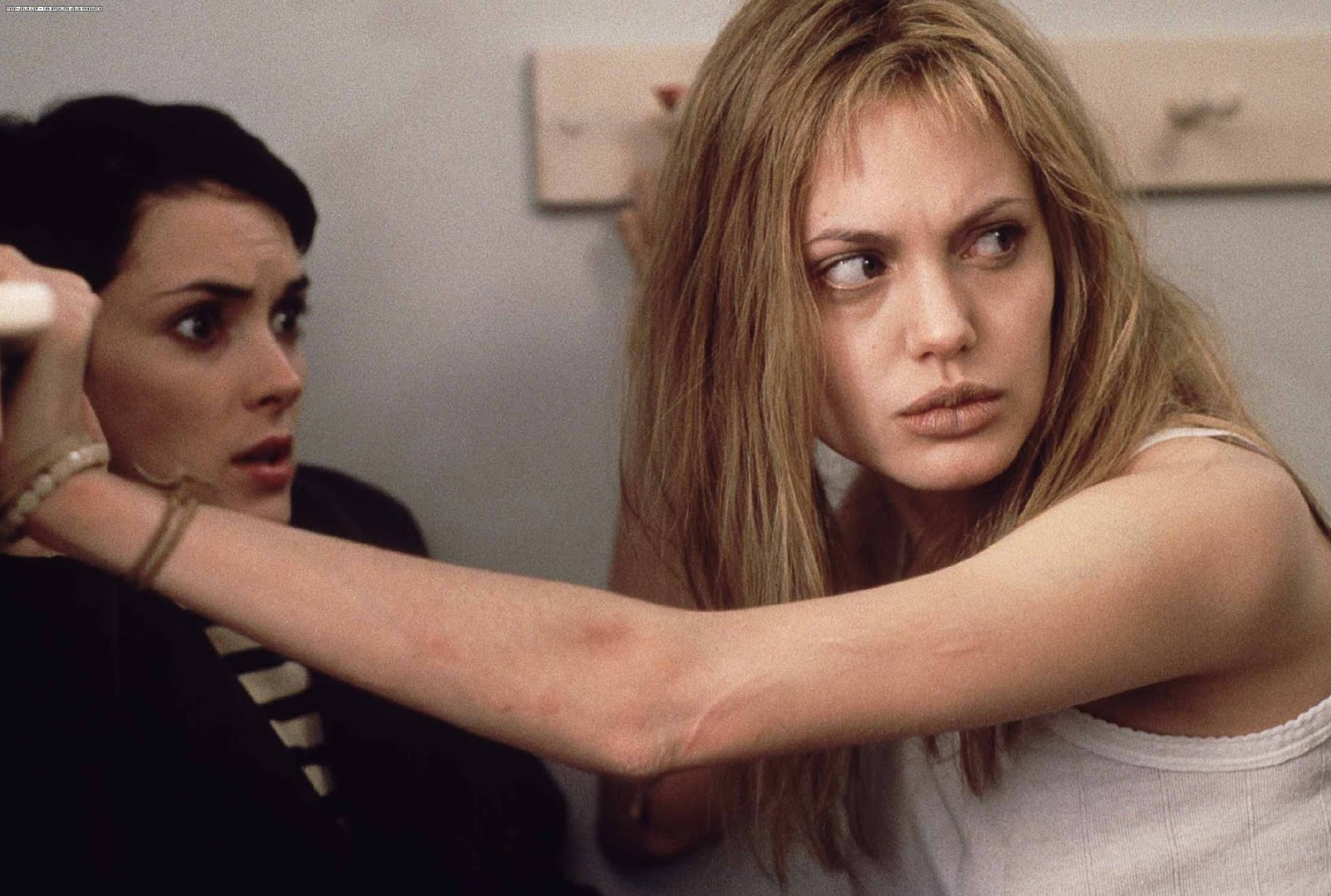 girl interrupted 1 Watch girl, interrupted movie trailer and get the latest cast info, photos, movie review and more on tvguidecom.