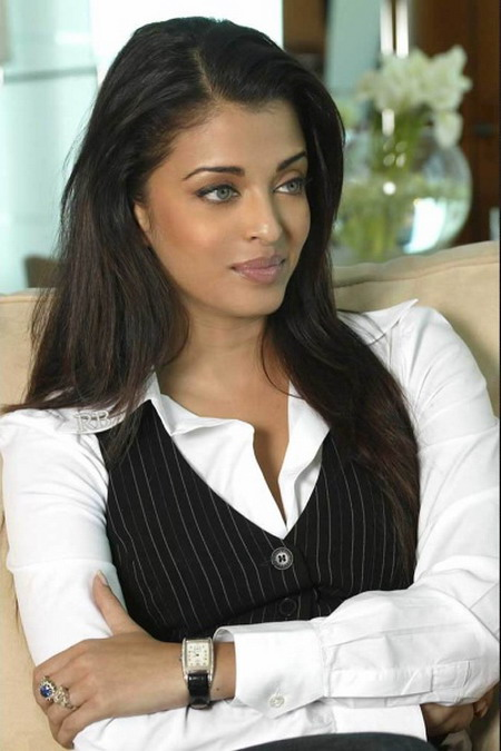 Aishwarya Rai Latest Hairstyles, Long Hairstyle 2011, Hairstyle 2011, New Long Hairstyle 2011, Celebrity Long Hairstyles 2065