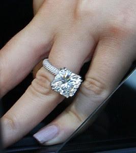 kim kardashian wedding ring 2011