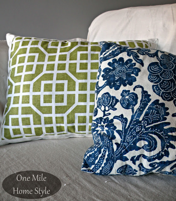 Using Placements to Make Pillows - One Mile Home Style