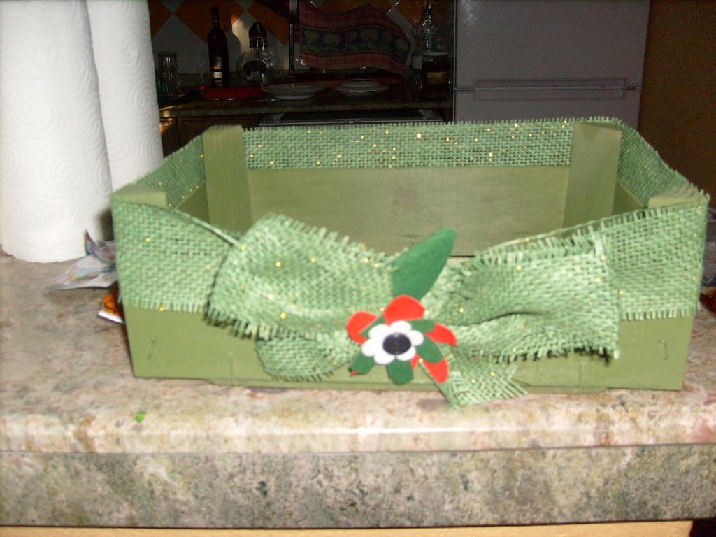 Jard n reciclaje y m s cajas de fresas decoradas - Cajas de fresas decoradas paso a paso ...