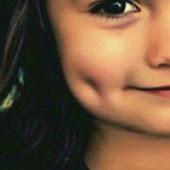 ابتسامتي صحبتي :):)