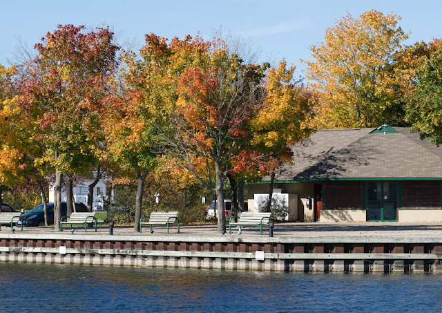 Autumn at the Port of Orillia