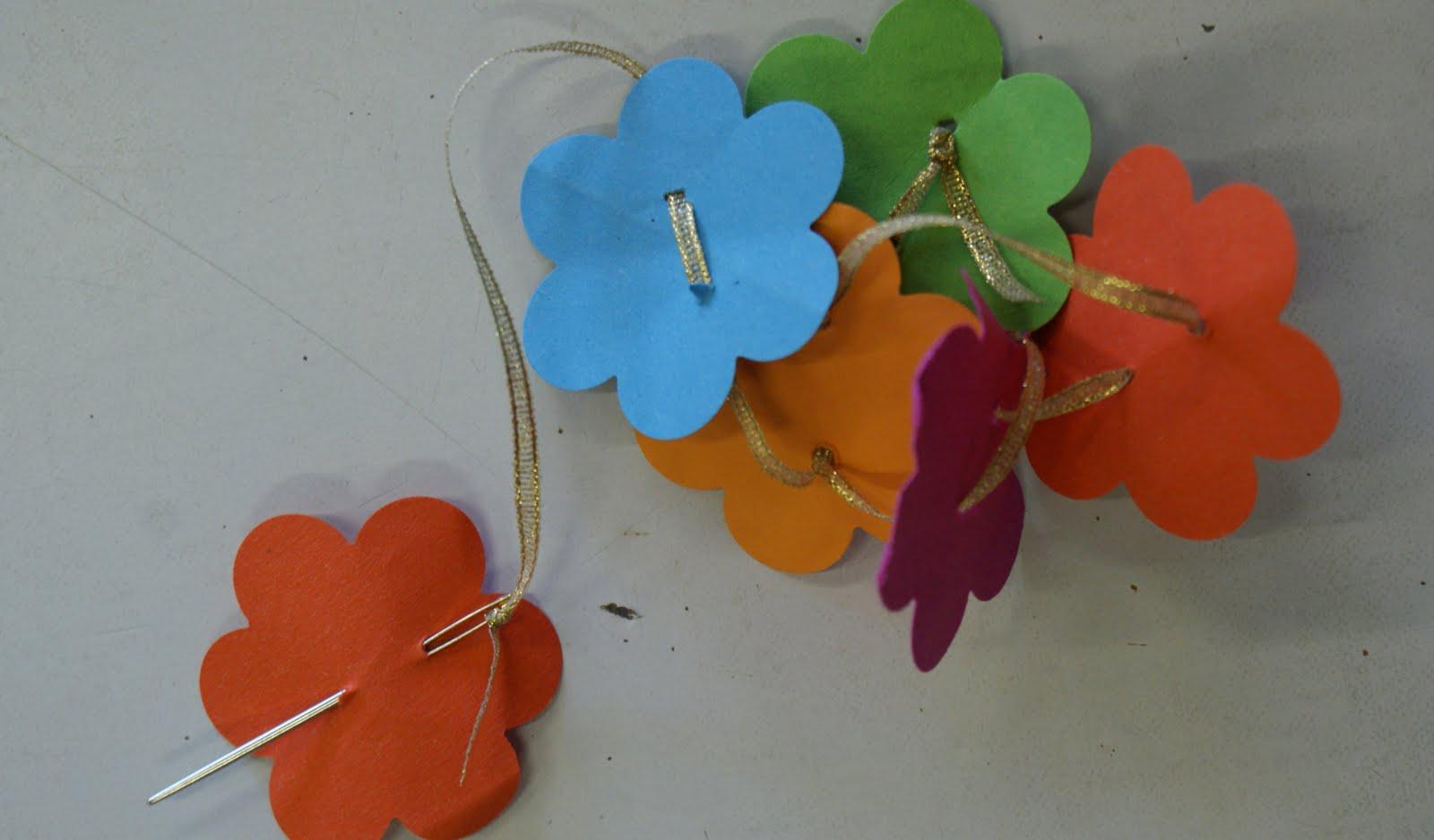 Noflik nifelje zomerse bloemen op de peuterspeelzaal - Hoe om kleuren te maken ...