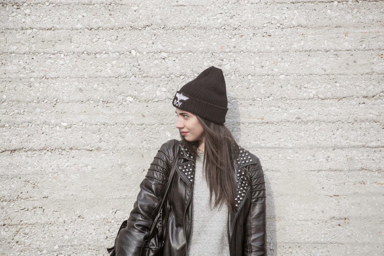 Greek fashion blogger