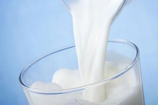 Does warm milk aid sleep?