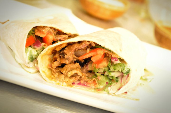 Roast Beef Shawarma Style with Veggie and Pita Recipe