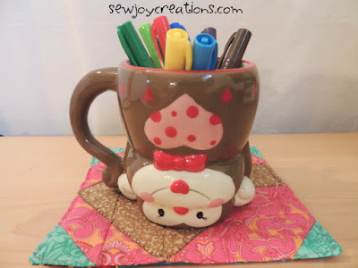 monkey mug on mug rug