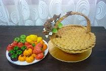 Pastry Basket & Tart Buah