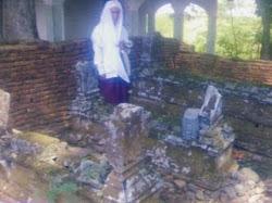 makam2 kuno