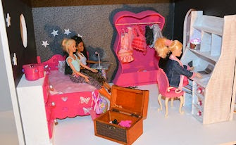Marimissb maison miss b cardboard doll house diy for Le pere du meuble furniture