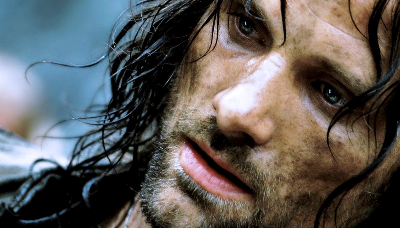 http://1.bp.blogspot.com/-dkljatRei4g/UKUTE1USCII/AAAAAAAADPs/0W5xkprBUlg/s1600/Aragorn-Viggo+Mortensen.jpg