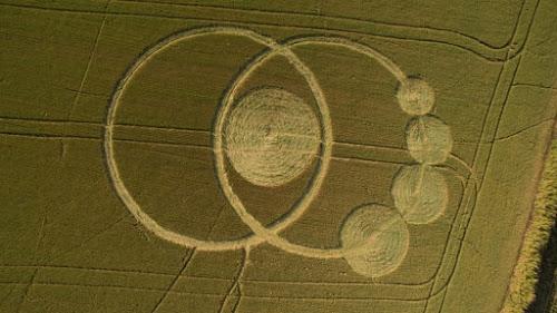 Círculos Misteriosos Aparecem em Plantação no Paraná