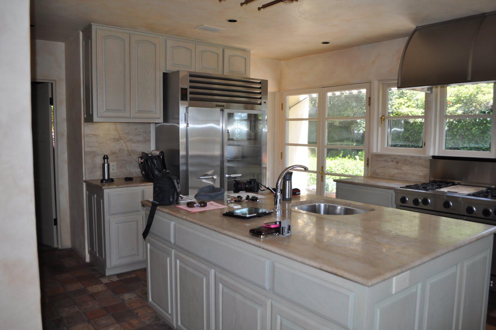 Whitewash Oak Kitchen Cabinets