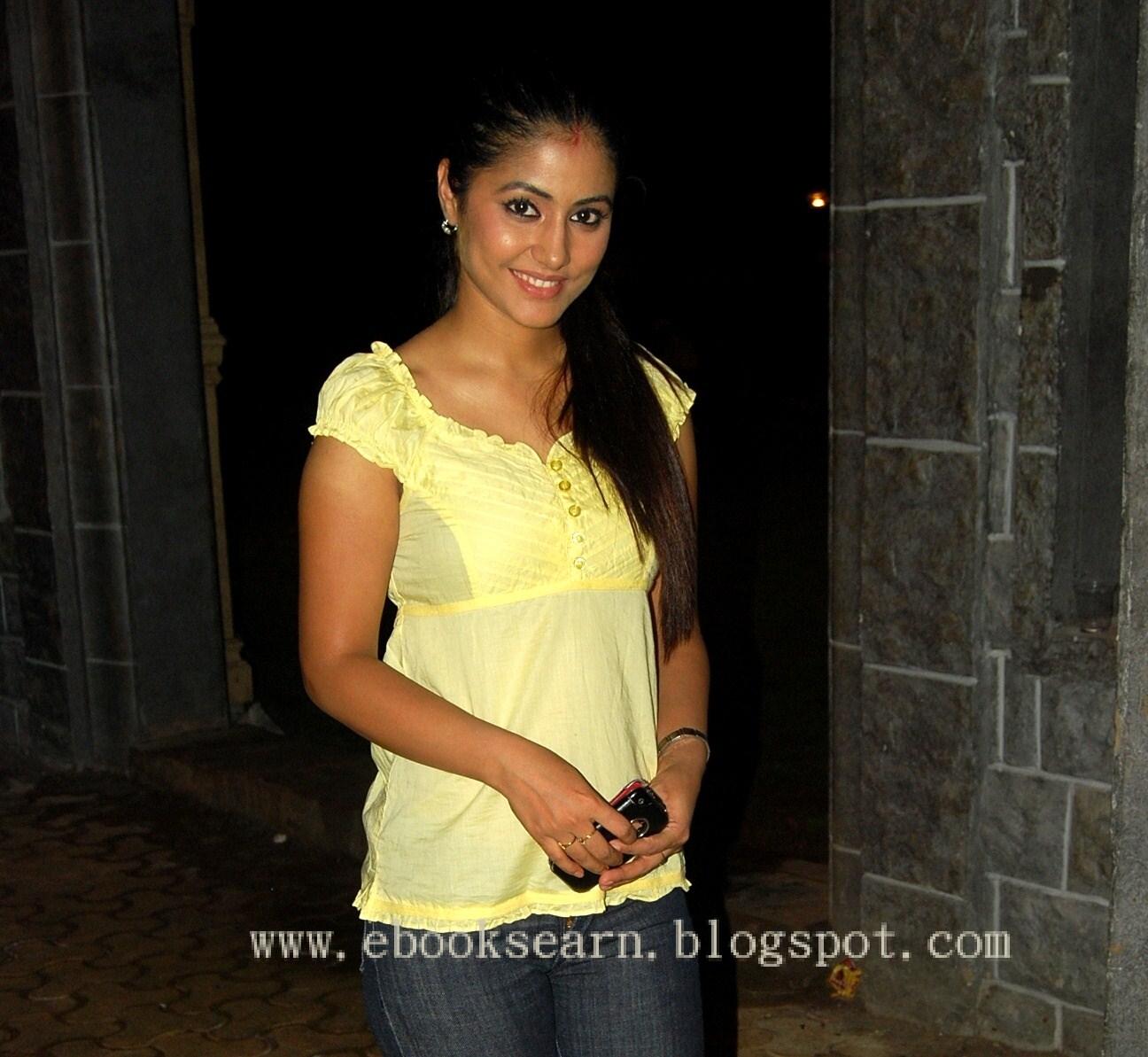 Akshara Hina Khan Star Plus Drama Actress Latest New WallpapersAkshara Without Makeup