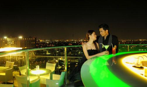 Cara Romantis Rayakan Tahun Baru Bersama Kekasih