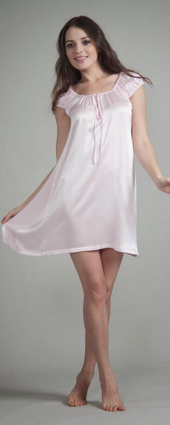 Silk+Short+Night+Wear+Nighty+Dress+For+Girls+Fashion+In+Bed002