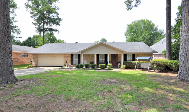 What are you waiting for a peek at 3 great homes in for Home builders in shreveport la