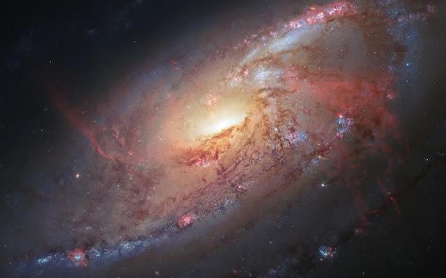 Galaxia Espiral M106 Fotos del Espacio - Imagenes del Universo