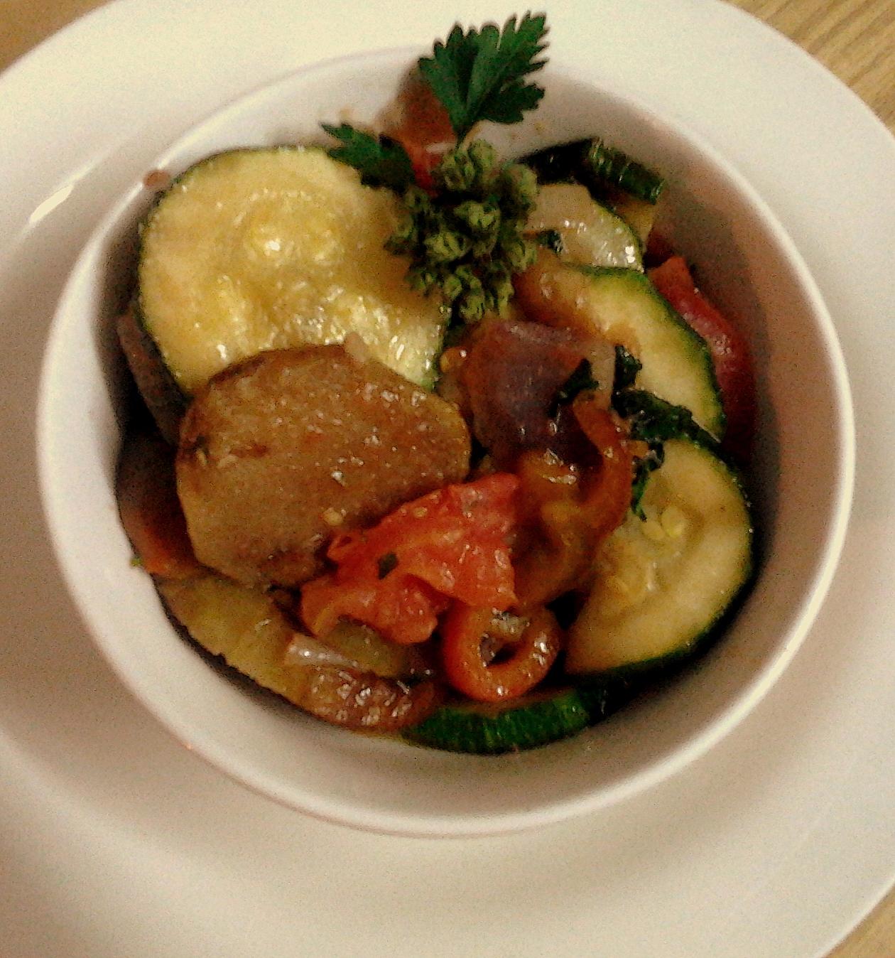 Ratatouille el secreto del sabor de la provence for Introduccion a la cocina francesa