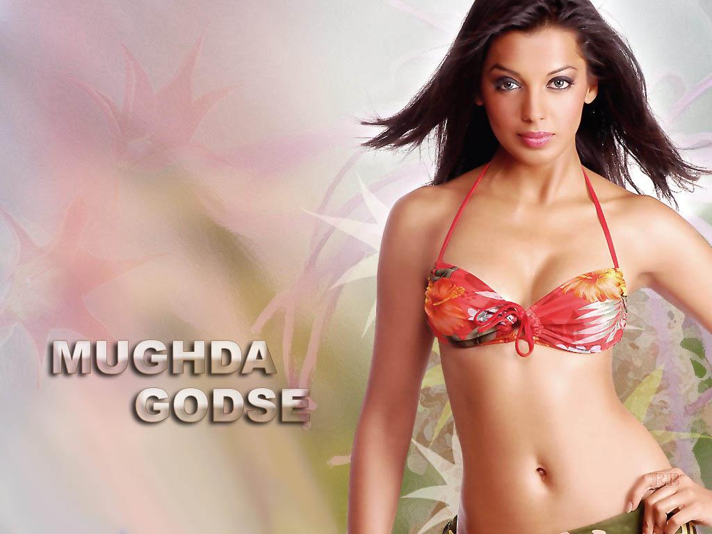 Mughda godse bikini