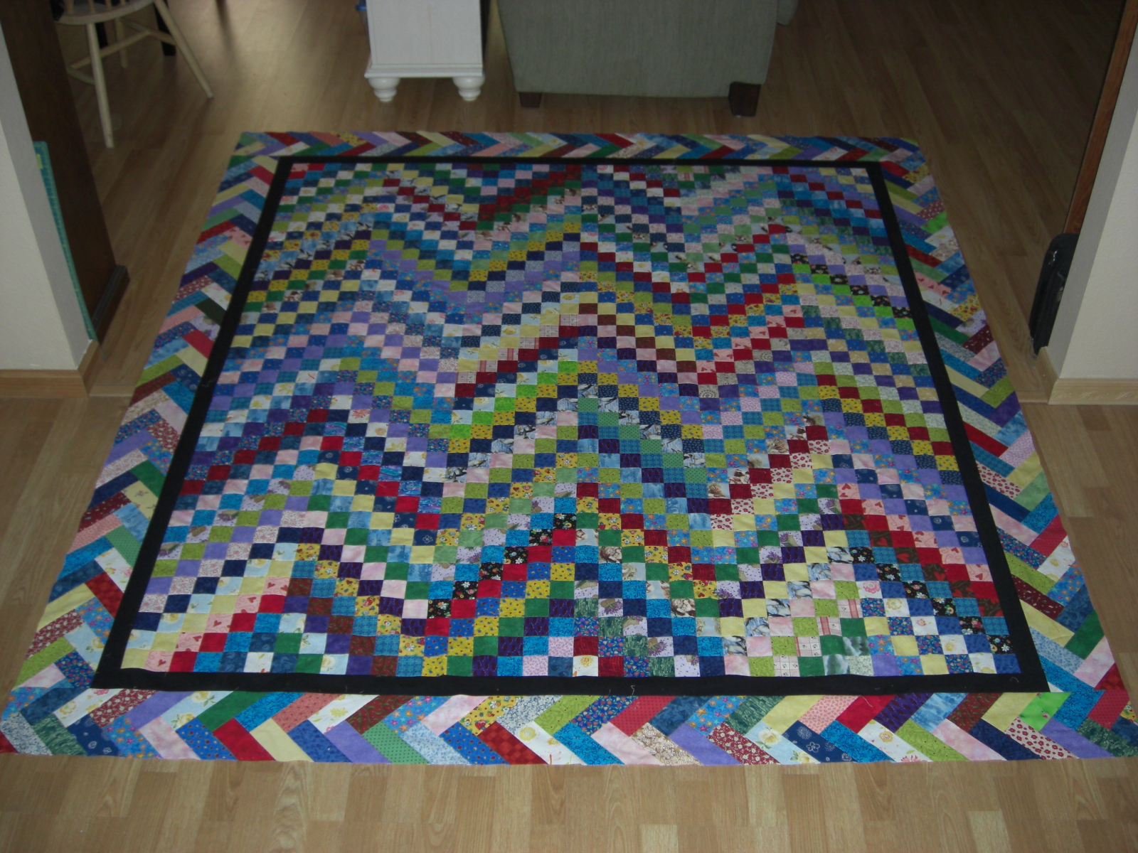 Braided Quilt Border Pattern Home : Kerri s Quilting: Scrappy Bargello Quilt Top Finished!