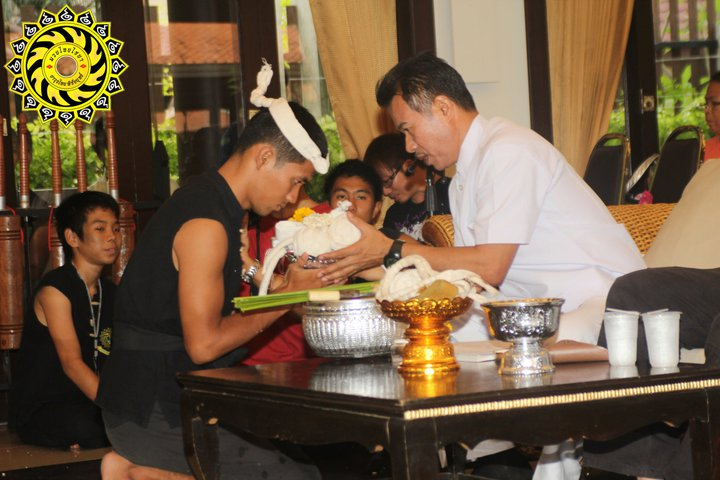Learn muay boran phuket thailand เรียนมวยไชยา ภูเก็ต Muay boran classes Phuket มวยโบราณดาบไทย
