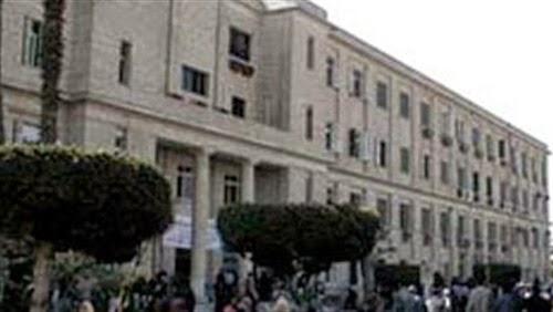"""صلاة الغائب على ضحية اتوبيس الجامعة الطالبة """"يارا طارق""""بكلية اقتصاد و علوم سياسية جامعة القاهرة"""