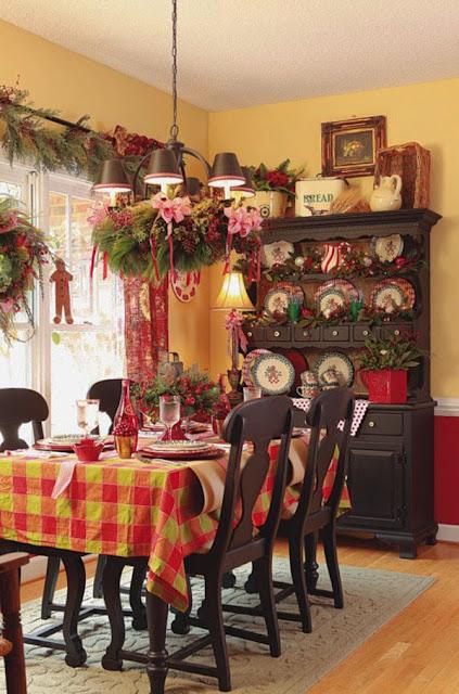 Wnętrze udekorowane świątecznie
