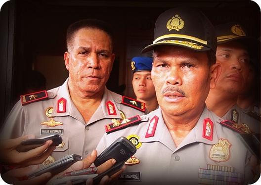 Paulus Waterpauw Gantikan Yotje Mende Sebagai Kapolda Papua