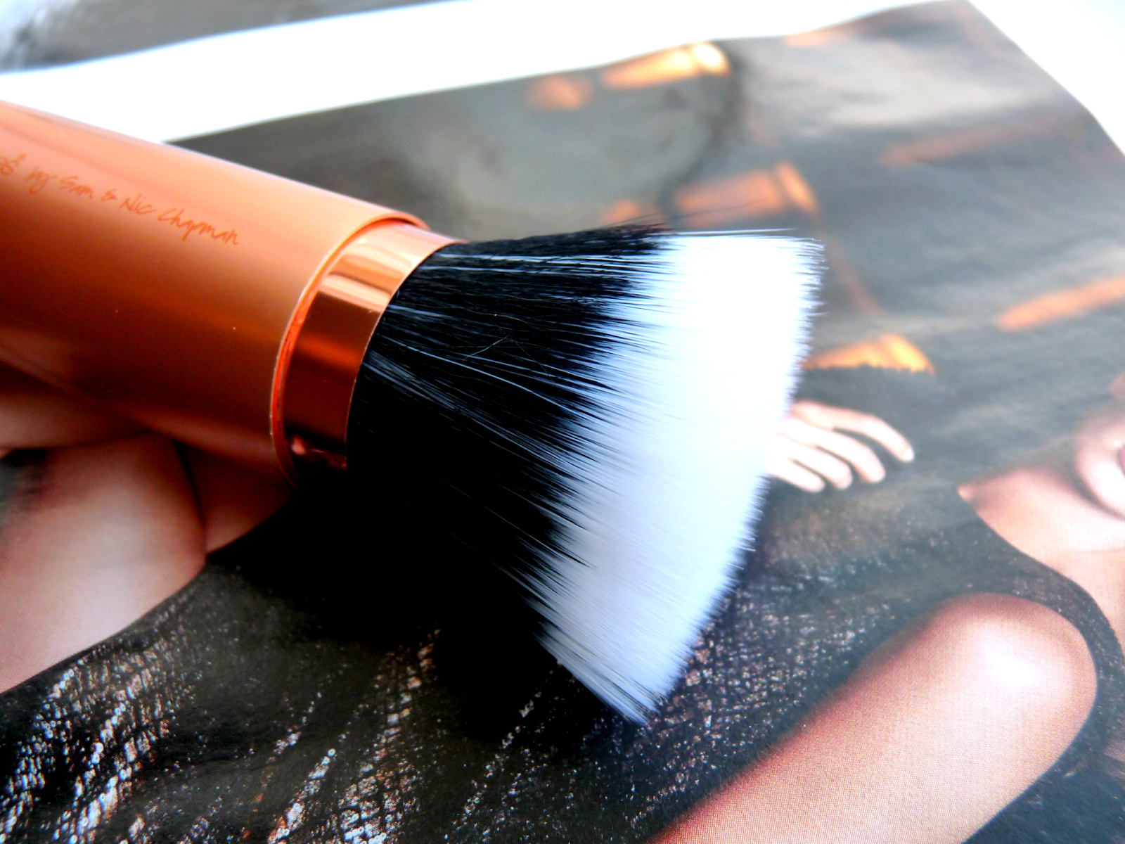 Real Techniques Retractable Bronzer Brush Review
