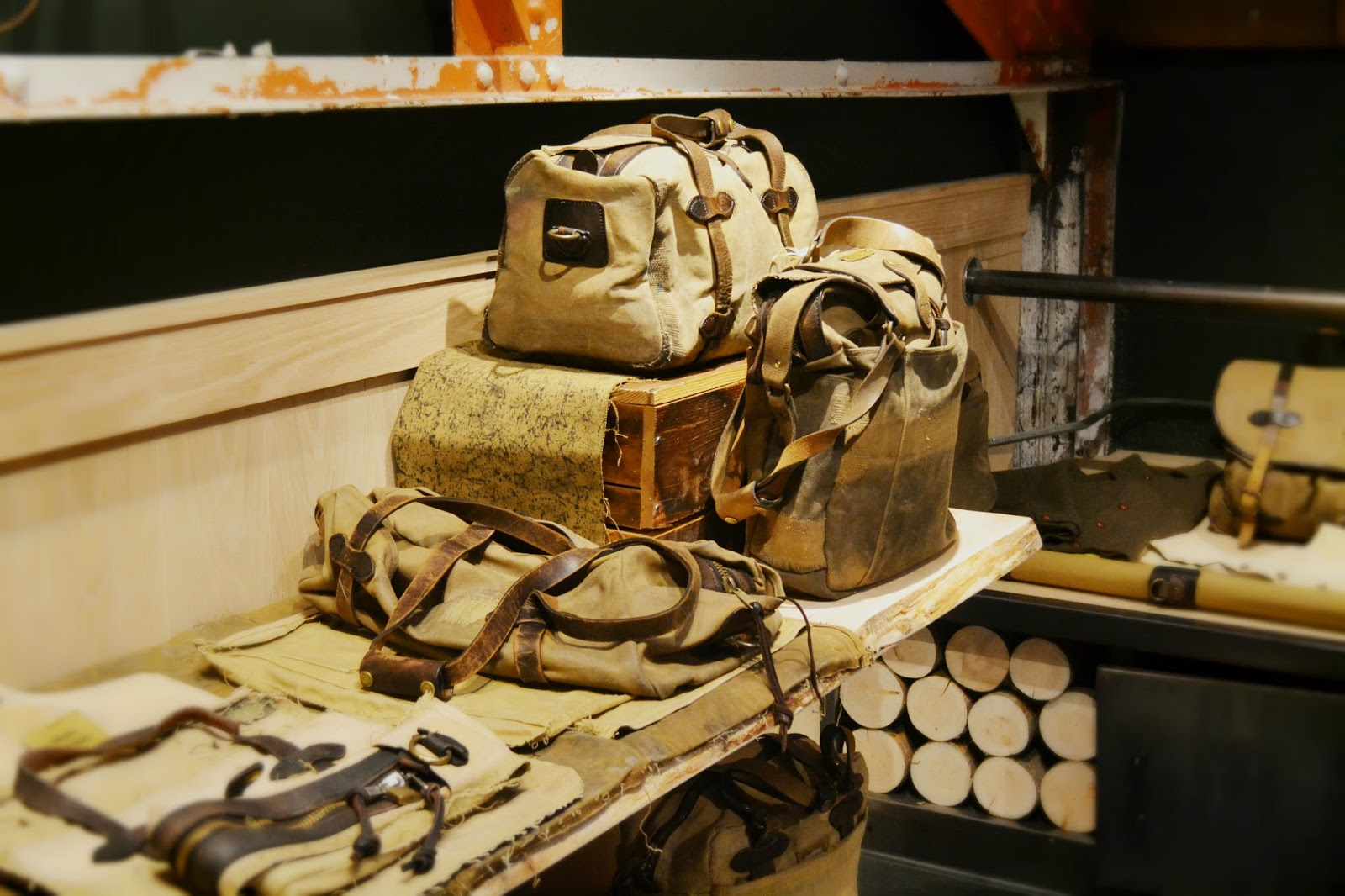 filson, luggage, leather, tin cloth