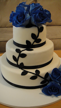Blue Rose Wedding Cake